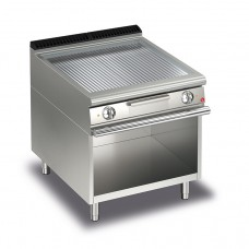 Baron Q70FTV/E815 Queen7 Electric Ribbed Chrome Griddle Plate On Open Cabinet - 800mm