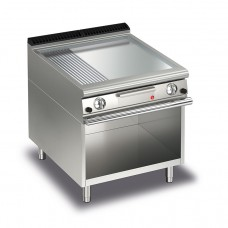Baron Q70FTTV/G825 Queen7 Gas Flat/Ribbed Chrome Griddle Plate Thermostat Cont. On Open Cabinet - 800mm