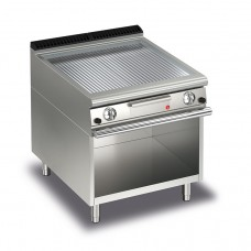 Baron Q70FTTV/G815 Queen7 Gas Ribbed Chrome Griddle Plate Thermostat Cont. On Open Cabinet - 800mm